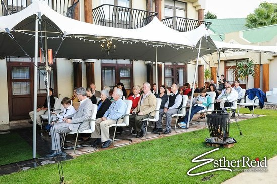 Feathers Lodge Boutique Hotel : Guests seated for the ceremony