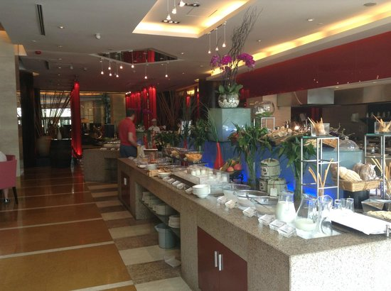 Sofitel Xian on Renmin Square : the breakfast are in the new block