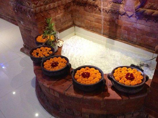 Hotel Nepalaya: Reception Area