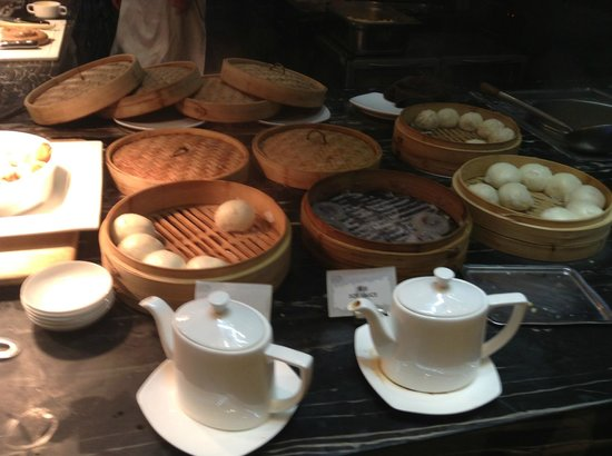 InterContinental Shanghai Puxi: excellent breakfast selection..dimsum, Chinese and western dishes