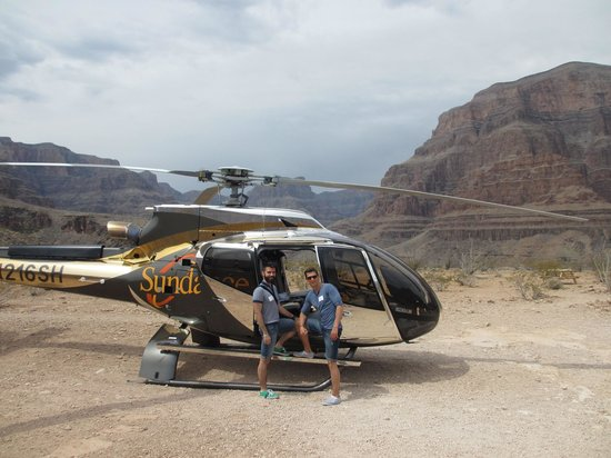 Sundance Helicopters : Brand new helicopter