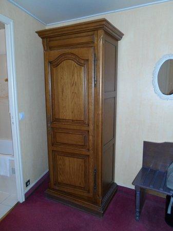 Marmotel Etoile : Old furniture