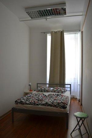 AdHoc Hostel : Room 102, 1st floor