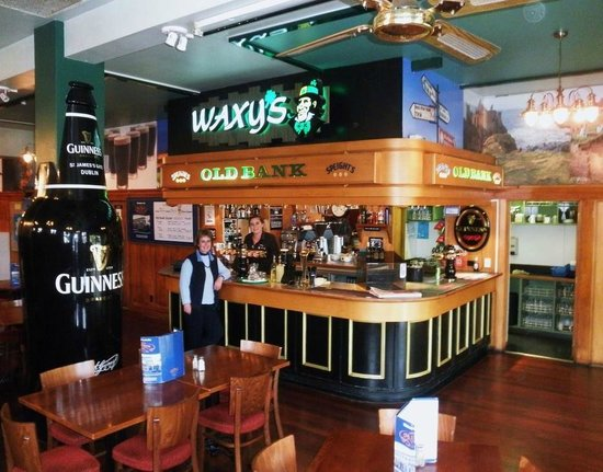 Old Bank Cafe & Bar: Comfy, congenial and centrally located cafe & bar