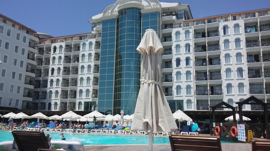 Didim Beach Resort & Spa : View from the lounger