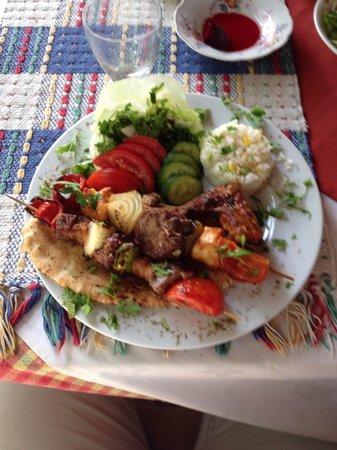 Serenity Restaurant : De Full Kebap