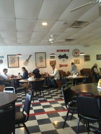 Red Rooster Cafe Hendersonville Tn