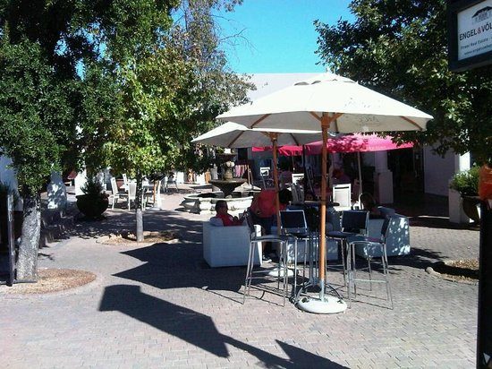 MCC Franschhoek: relaxing on the couch