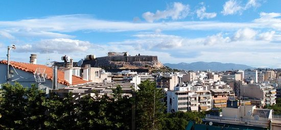 Acropolis Ami Boutique Hotel: vue de la terrasse, petit déjeuner