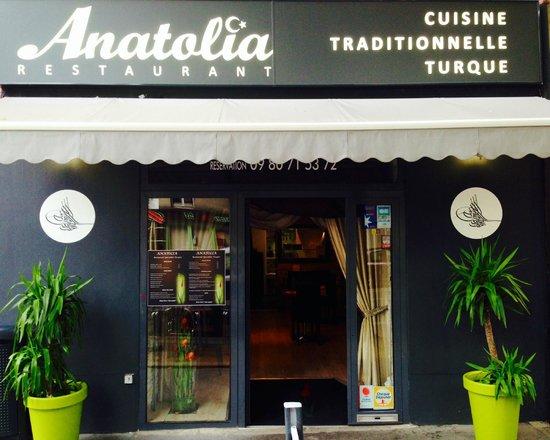 Devanture restaurant Anatolia