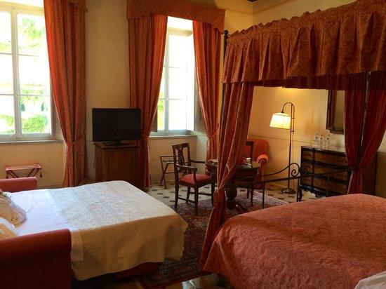 Villa di Piazzano : Our room