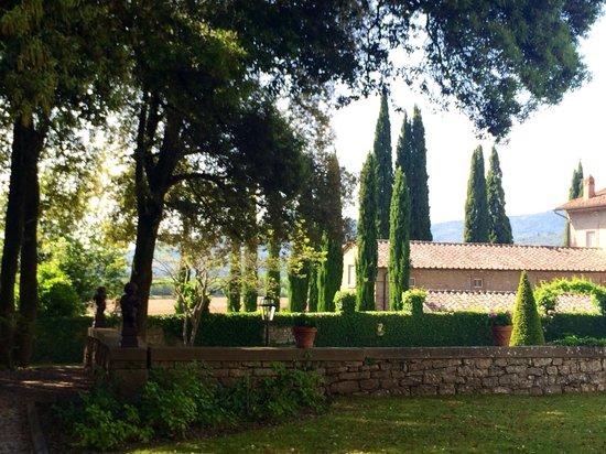 Villa di Piazzano: Gardens