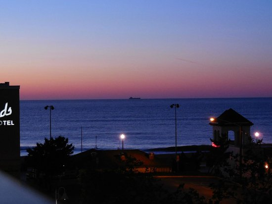 Atlantic Sands Hotel & Conference Center: Sunrise June 1st from Balcony 4:30 A.M.