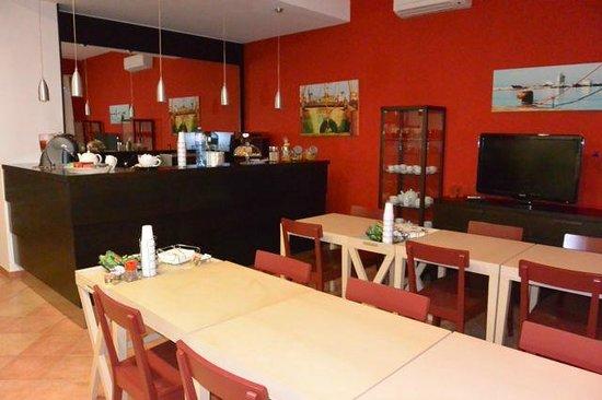 B&B Mediterraneo: Dinning area