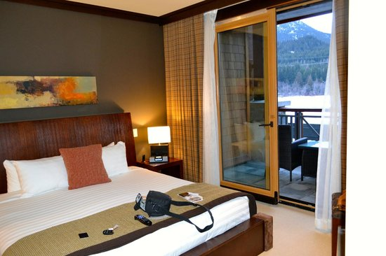Nita Lake Lodge: Loved opening the door for cool fresh air