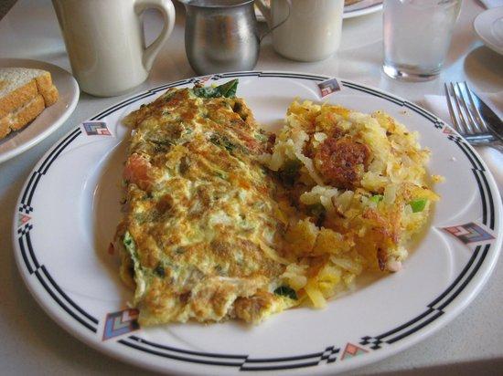 The Market Diner: Breakfast veggie omelette - American portion size!