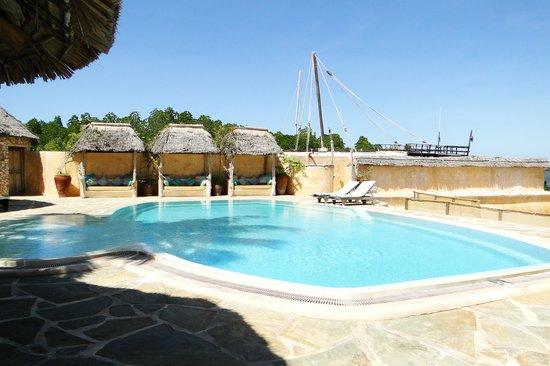 Manda Bay: View of the pool