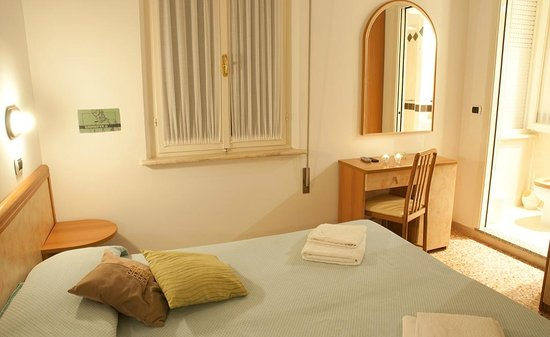 Hotel Greta Rimini