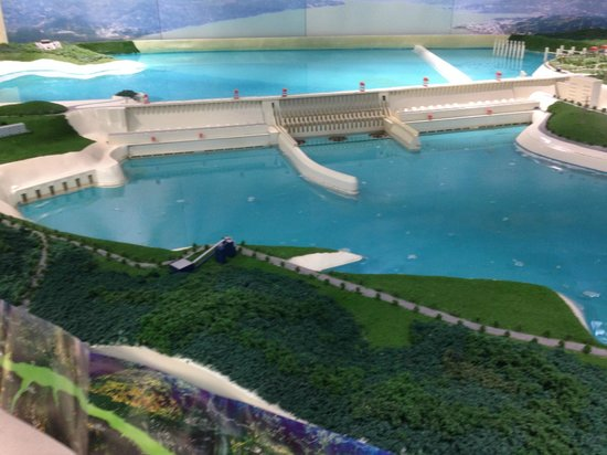 three gorges dam construction project The three gorges dam project was completed on july 4,  (chongqing three gorges reservoir region sewage and the garbage disposal project construction result is .