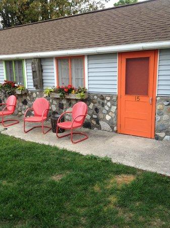 Bay Port Lodging: Sunny Seats - Bay Port Lodge.