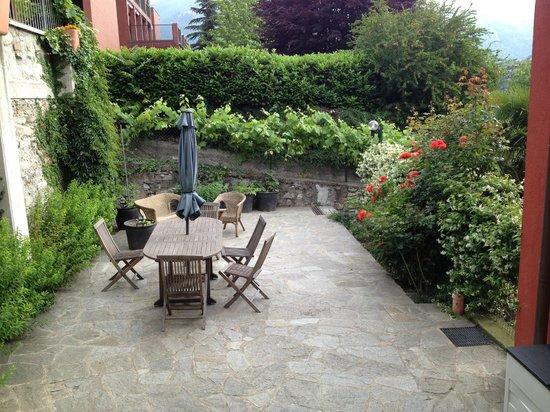 Casa Cantoniera Como: Garden