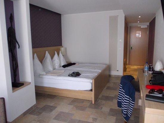 Hostellerie de la Basilique : chambre