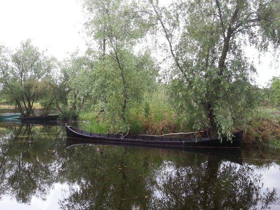 Danube Delta: Tipical local fishermen boats