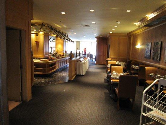 Hotels Gouverneur Montreal: Le restaurant pour un petit déjeuner très bon...