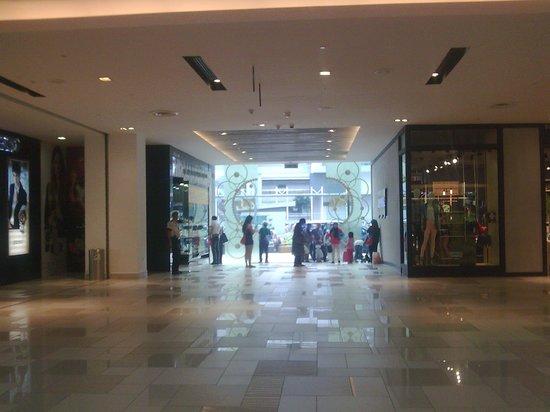 Johor Bahru City Square: mall entrance