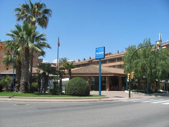 Voramar: Front Entrance of the hotel