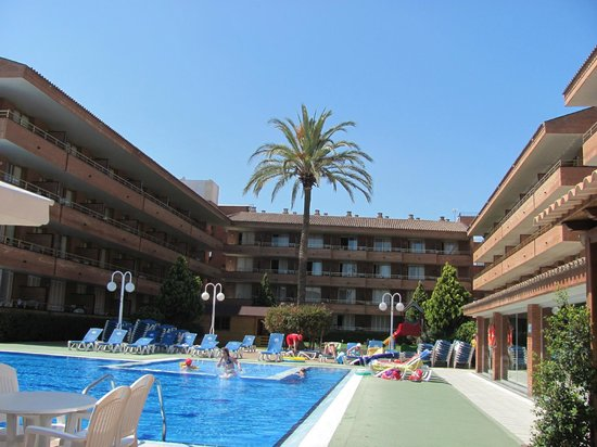 Voramar: Apartment Blocks and view of the pool