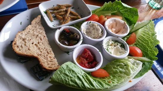 The Ship Inn: The Seafood Platter - Fill your boots!