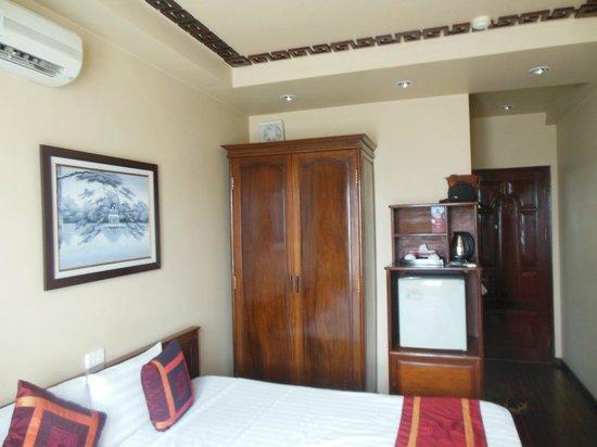 Golden Spring Hotel: наш улучшенный номер