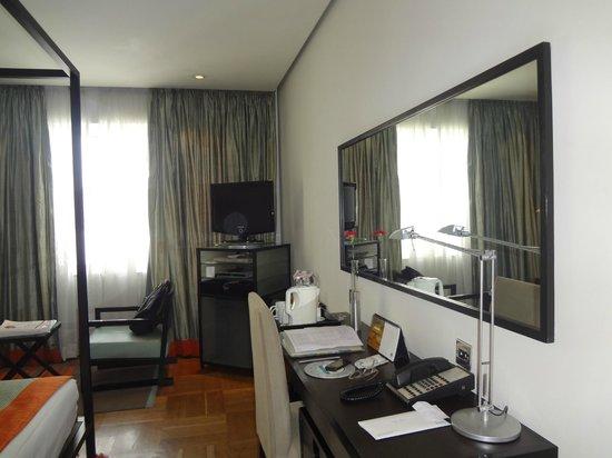 The Park Bangalore: Room