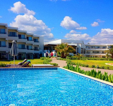 Sunprime Platanias Beach Suites & Spa: The hotel