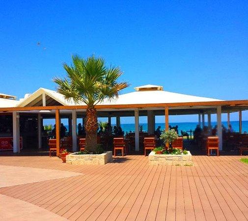 Sunprime Platanias Beach: The restaurant  by the sea