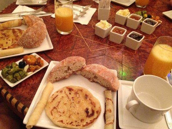 Riad Malaika: Breakfast