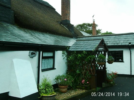 The Barn and Pinn Cottage: Cottage