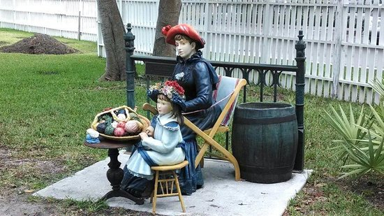 Key West Lighthouse and Keeper's Quarters Museum: One of several statues in the gardens.