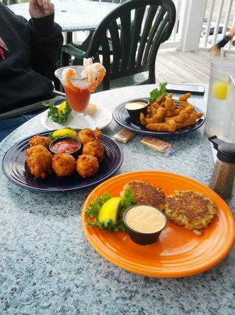Conch Cafe : Grouper fingers, Crabcakes,Shrimp cocktail and Conch fritters.