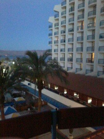 Leonardo Club Hotel Tiberias: vista desde el balcon