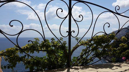 Hotel La Conca Azzurra : the balcony