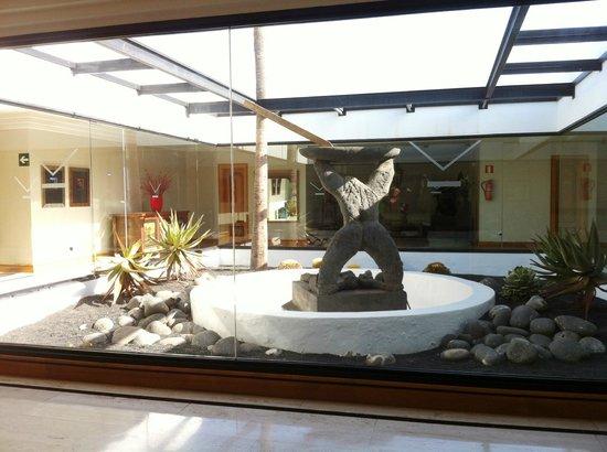 Hotel Villa Vik: Teil des Flures im 1. Stock