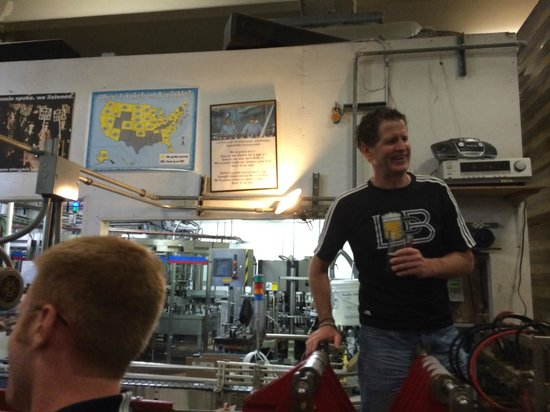 Lakefront Brewery : Awesome Tour Guide