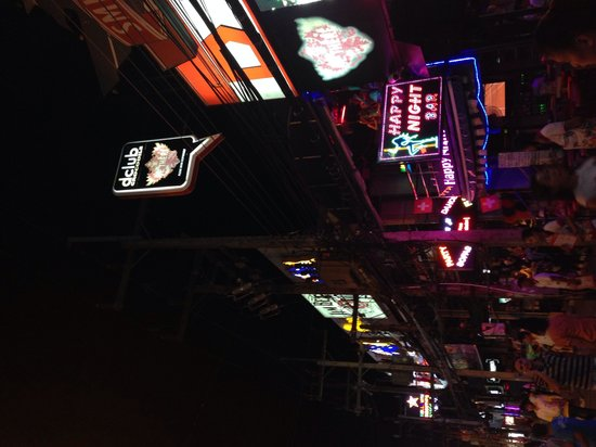 Bangla Road: Night Life