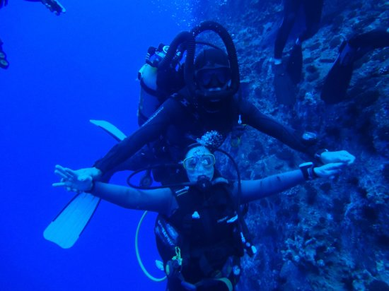 Buceo Isla de Pascua : volar....