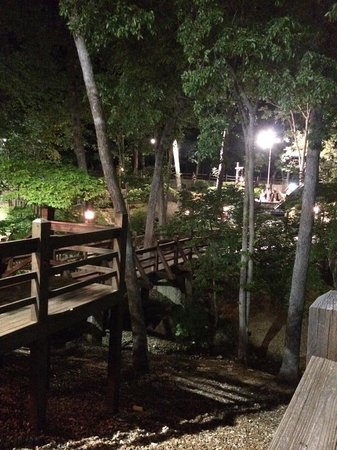 Sugar Creek Mini Golf: Course at night!