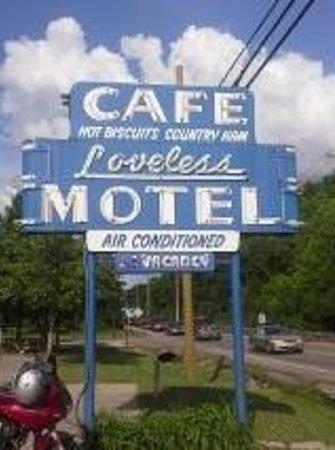 The Loveless Cafe Motel Road Sign