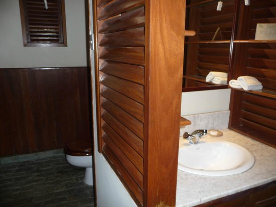 Bayview - The Beach Resort : Vanity and toilet areas of our bathroom