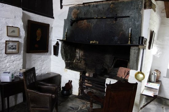 The Old Post Office: Fireplace